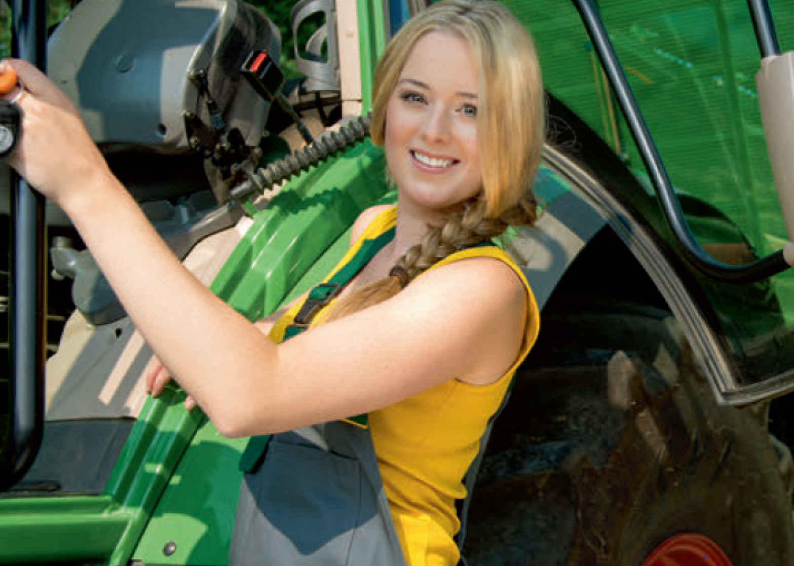 Maschinenring-Fotokalender: Landfrauen als Powerfrauen
